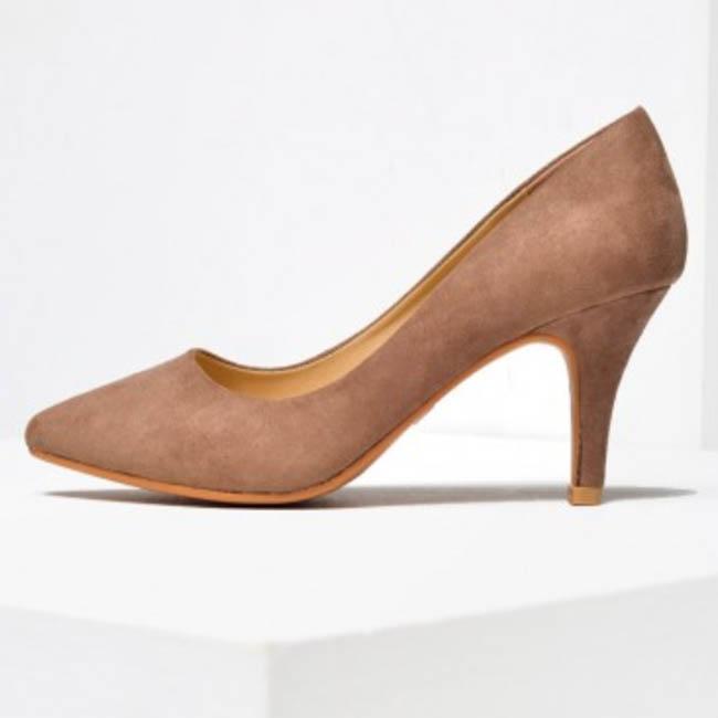 Lottie Mid Heel Court Shoe in Mocha (I Clothing)