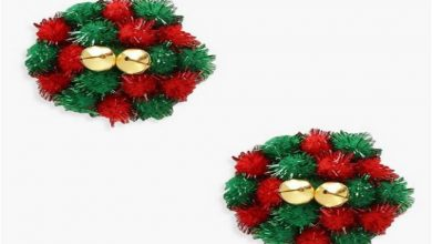 Boohoo is selling Christmas wreaths nipple covers
