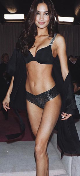 Victoria's Secret model Kelsey Merritt
