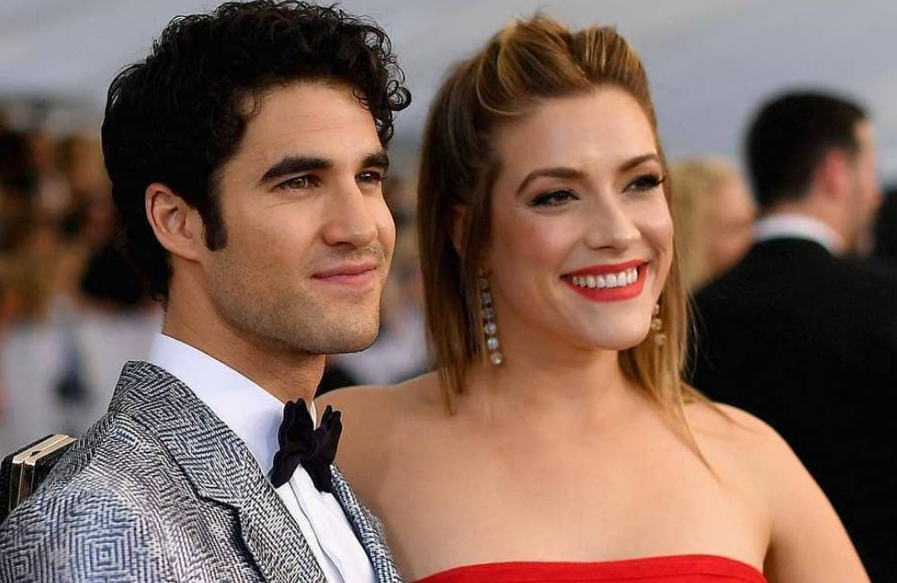 Darren Criss marries longterm girlfriend Mia Swier